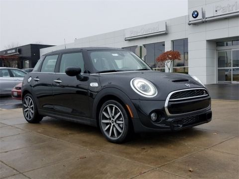 New 2020 MINI Cooper S Hardtop 4 Door Signature / Navigation